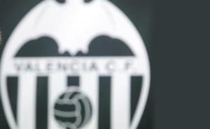 Una casa de apuestas se postula como patrocinador principal del Valencia CF