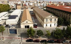 Localizados en un centro policial de Valencia dos patrones de una patera
