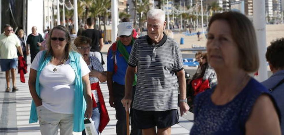 Los hoteleros valencianos amenazan con dejar de participar en los viajes del Imserso