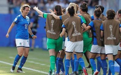 Italia vuelve a unos cuartos de un Mundial 28 años después