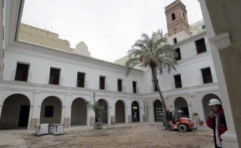 La excavación en la Roqueta sigue en el limbo dos años después de acabar las obras