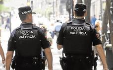 Tres testigos ayudan a una joven de 18 años agredida por su pareja en plena calle en Valencia