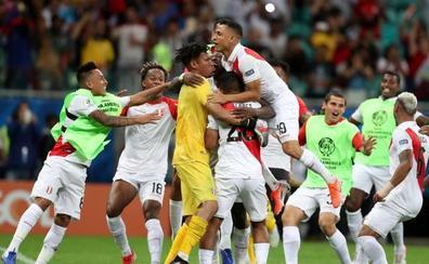 Perú elimina a Uruguay en los penaltis