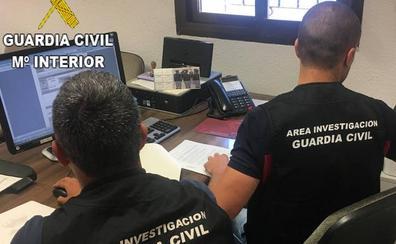 Dos detenidos por estafar 15.000 euros a una anciana para obtener préstamos bancarios