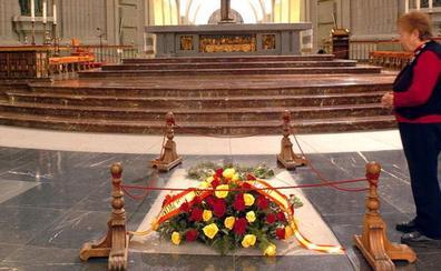 España entregará el jueves al Vaticano la queja por las críticas del nuncio al traslado de Franco