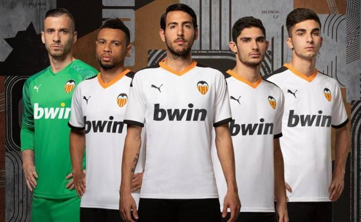 Equipación del Valencia CF para la temporada de 2019-2020