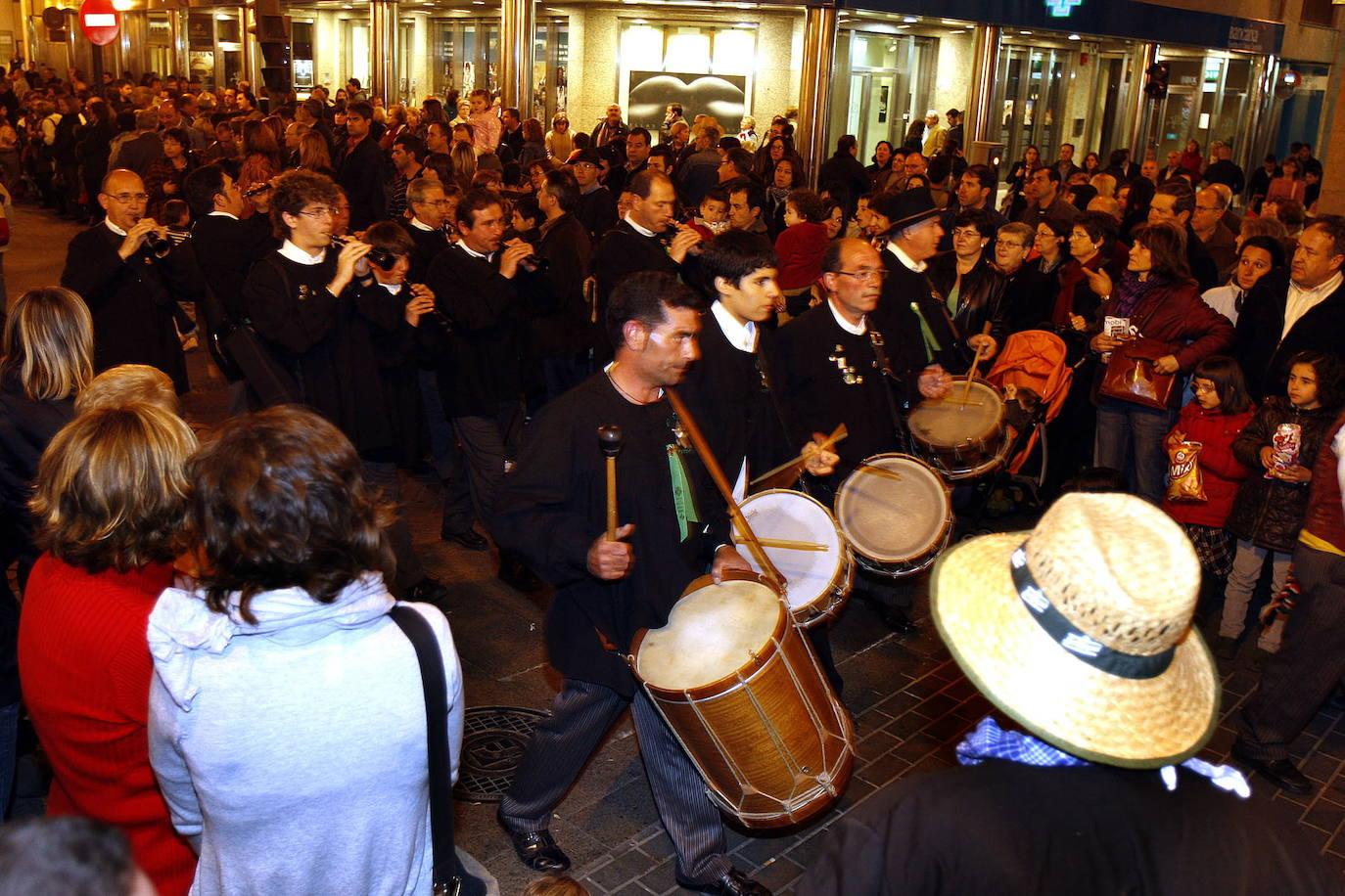La tradición y el folklore valenciano llegan a la ciudad de la mano de Las Nits del Folk