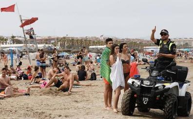 Cierran de nuevo las playas de Devesa y Malvarrosa por bacterias fecales