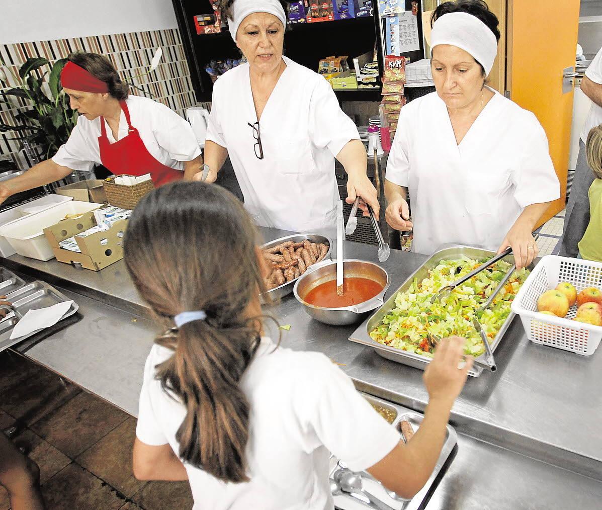El Gobierno aprueba el reparto de los 15 millones de euros para comedores de menores en verano