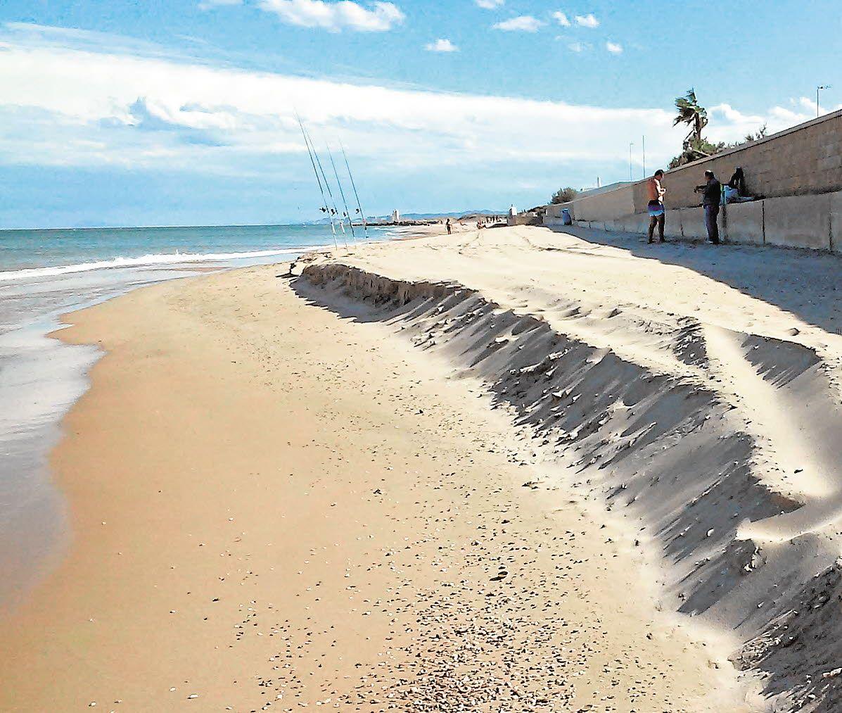 Tres playas de Valencia recuperarán la línea de costa de 1965