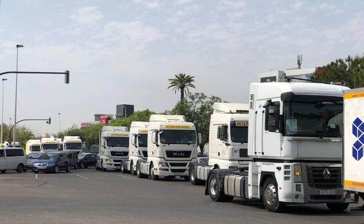 400 camiones por Valencia con motivo de San Cristóbal
