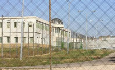 Pelea con pinchos entre reclusos en el patio de un módulo de la cárcel de Picassent