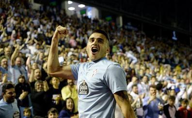Maxi Gómez ya está de camino a Valencia