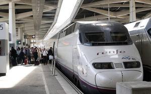 Renfe lanza billetes del AVE Valencia-Madrid con el 70% de descuento para viajar en agosto