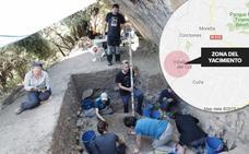 Hallan puntas de flecha de hace 14.000 años en la Cova La Foia de Vilafranca