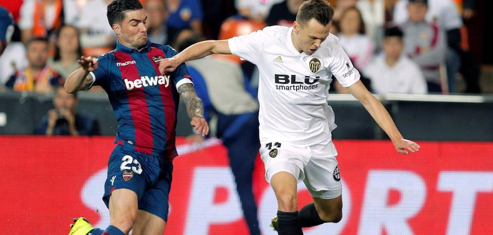 Cheryshev ya es del Valencia hasta 2022