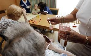 Denuncian falta de personal de enfermería y de gerocultoras en las residencias de tercera edad