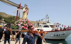 Los marineros de Xàbia se rinden ante su patrona