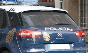 Detenido un joven de 15 años por destrozar muebles y amenazar con un cuchillo a su madre en Valencia