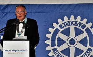 Arturo Alagón, gobernador del Rotary Internacional