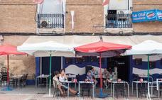 Los hosteleros piden marcar distancia entre locales del Cabanyal como en Ruzafa
