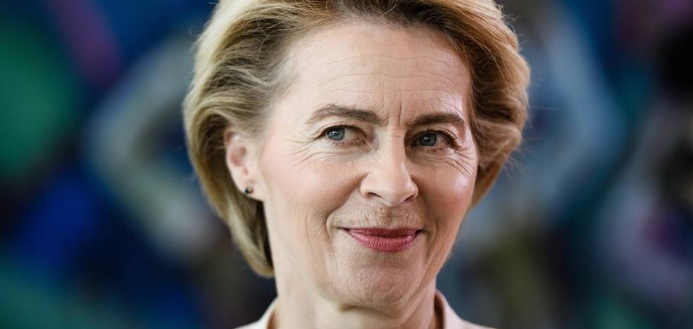 La Eurocámara vende caro su apoyo a Von der Leyen
