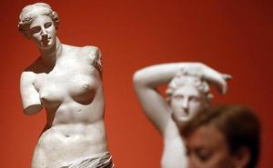 El Museo de Bellas Artes rescata 18 esculturas que fueron testigo de revueltas estudiantiles y de la riada