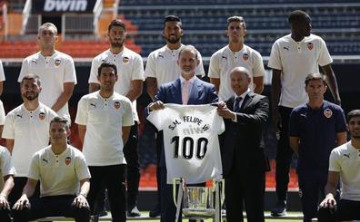 El Rey desea un gran Valencia para los próximos cien años