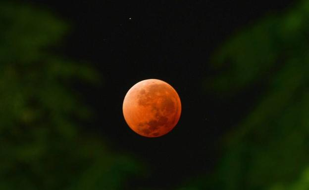 El eclipse de luna que podrás ver este martes desde España