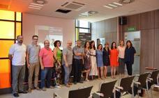 Coworking Alzira entrega su premio a Pilar Sanchis