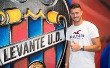 Koke Vegas se marcha cedido al Deportivo