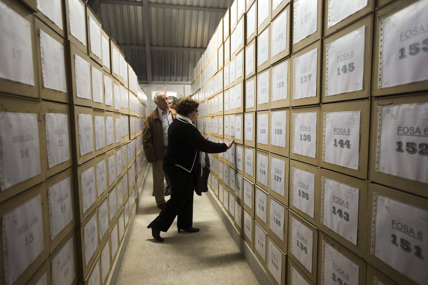 Gandia y la Generalitat colaborarán para encontrar y exhumar a las víctimas del franquismo en la ciudad