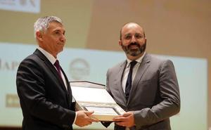 Levantina de Seguridad recibe el reconocimiento oficial a su trayectoria profesional