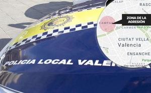 Un hombre agrede a patadas a su pareja en una calle de Valencia y es retenido por varios testigos