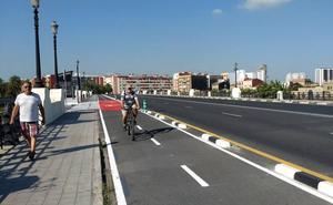 Valencia estrena un nuevo carril para bicicletas y patinetes eléctricos