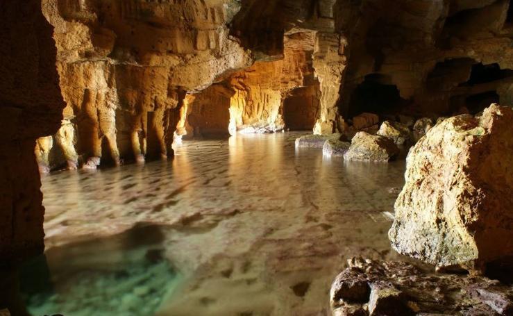 La Cova Tallada de Xàbia, un refugio entre el mar y la montaña