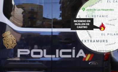 Una mujer quema el coche de un conocido en Valencia por no dejarle a dormir en el edificio