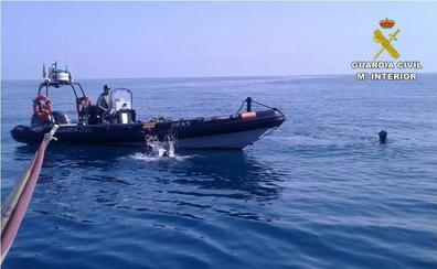 Aparece en la costa de Oliva el cuerpo sin vida del bañista desaparecido en Denia