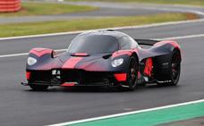 El Aston Martin Valkyrie, en marcha