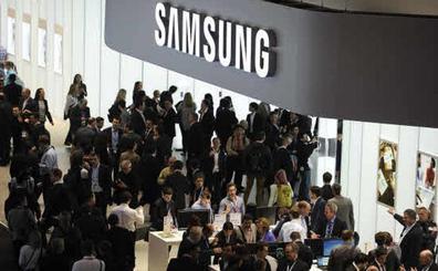 Samsung volverá a lanzar en septiembre su móvil plegable