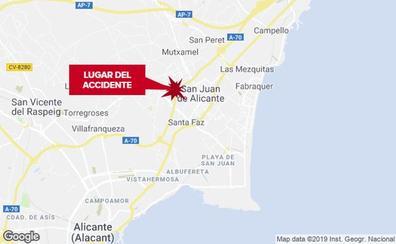 Muere un hombre de 48 años en un accidente entre un coche y una moto en San Juan