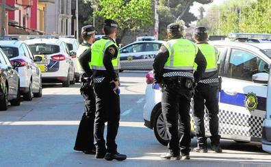 La nueva normativa amenaza con vaciar la Policía Local de 380 pueblos de la Comunitat