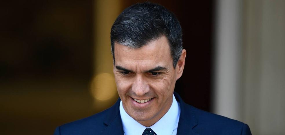 Sánchez busca la complicidad de los colectivos sociales para arrastrar a Podemos a un pacto