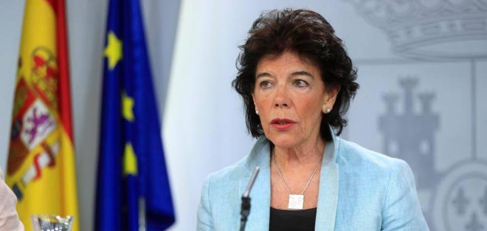 Celaá llama «solución individual» al 'no es no' de Sánchez e insiste en reclamar la abstención de PP y Cs