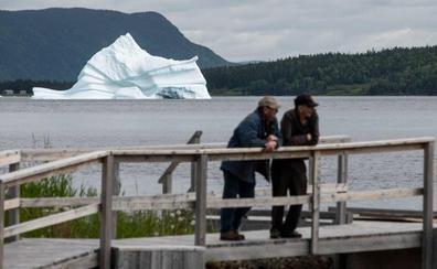 Los cazadores de icebergs viven tiempos de abundancia en Canadá