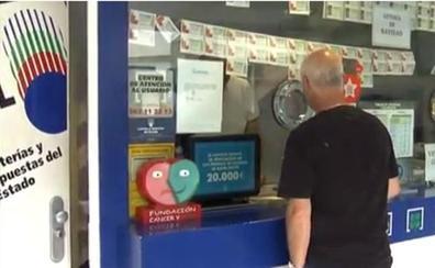 La policía investiga si un lotero que encontró un boleto de La Primitiva premiado con 4,7 millones engañó a la persona que lo compró