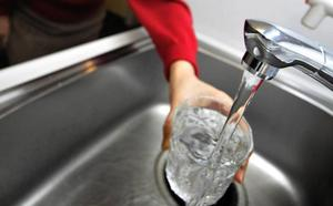 Ribó subirá el recibo del agua en Valencia pese a arrastrar impagos de 226 millones