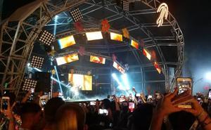 El festival Medusa de Cullera aclama a C Tangana tras su veto en Bilbao