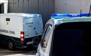 Detenido un hombre en Valencia por presuntos abusos a sus tres hijas y arrestada la madre por consentirlos