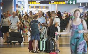 El aeropuerto de Manises suma un nuevo récord